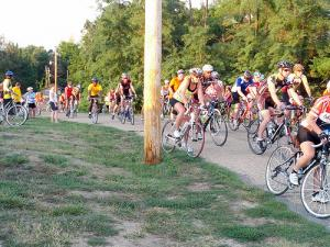 BikeMO start at Les Bourgeois Winery in Rocheport